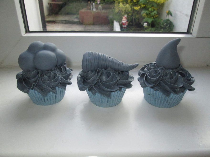 'Riding the Storm' cupcakes by Pippa Eames